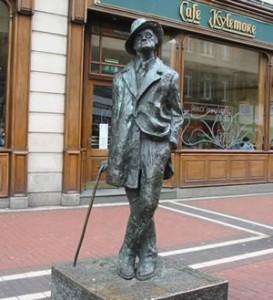 statua di James Joyce a Dublino